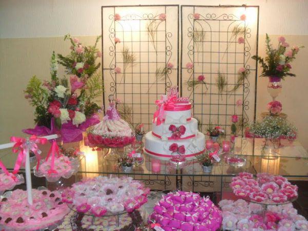 Mesa decorada p festa de 15 anos consultar for Mesas decoradas para 15 anos